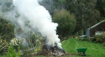 Le brûlage des déchets verts est interdit